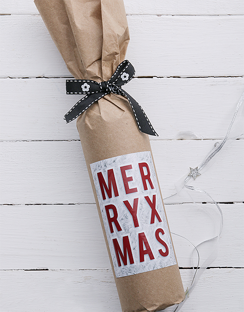 fine-alcohol: Merry Christmas Wine in Craft Paper!