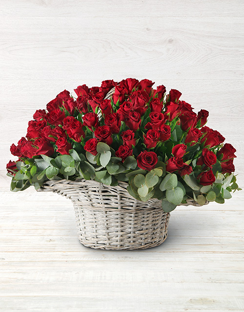 roses: 100 Red Roses in a Basket!