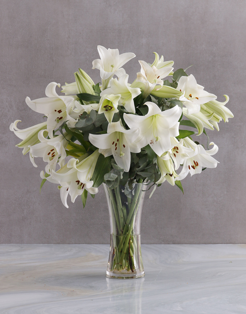 lilies: Lilies in a Glass Vase!