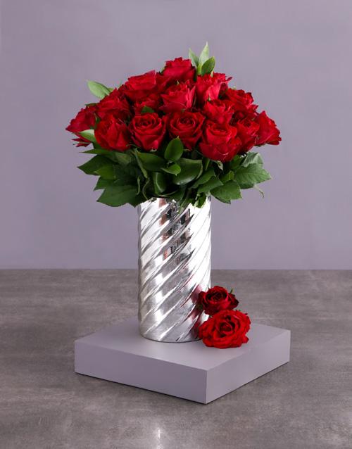 roses: Red Roses in Cylinder Twirl Vase!