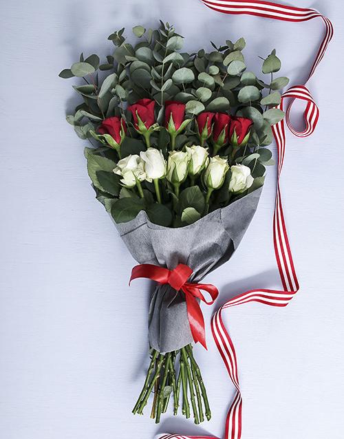 colour: Precious Rose Blossoms!