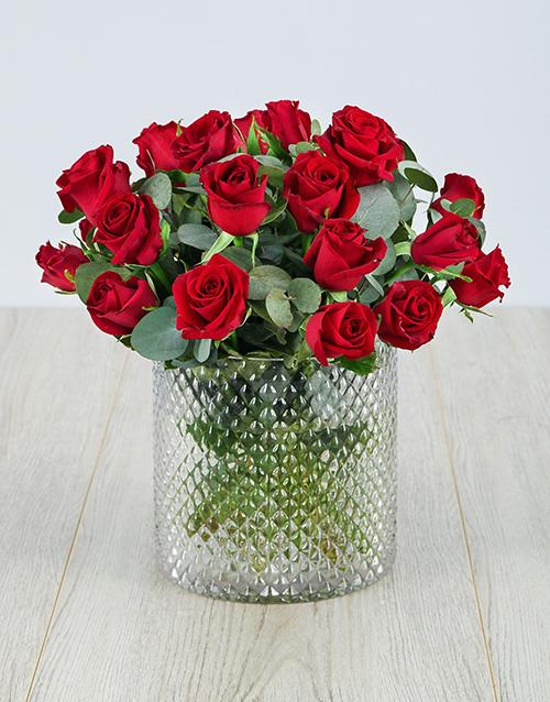 vase: Red Roses in a Diamond Cylinder Vase !