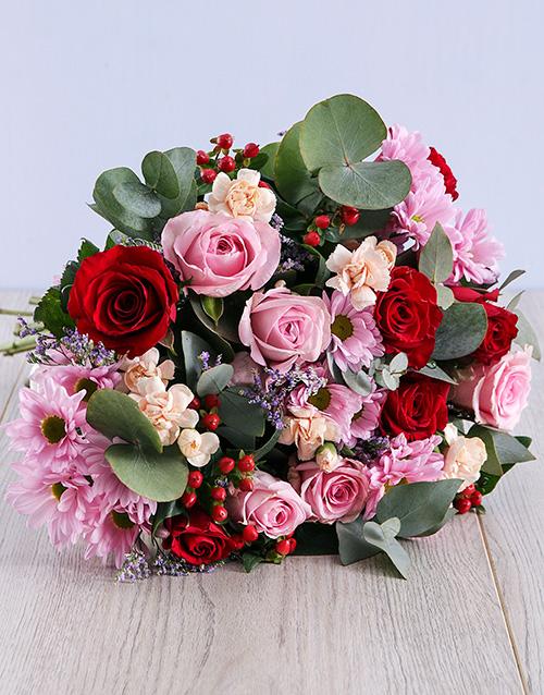 flowers: Sweet Sweet Love Bouquet!