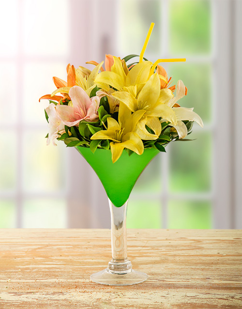 colour: Lily Arrangement in Cocktail Vase!