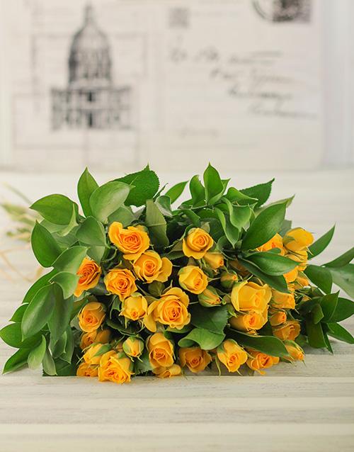 roses: 50 Kenyan Cluster Yellow Rose Bouquet!